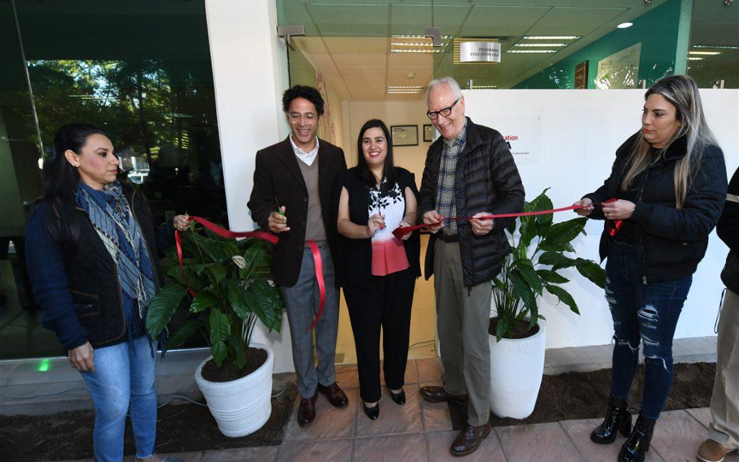 Reinaugura SEPyC el Centro Education USA con la presencia de la cónsul de Estados Unidos.
