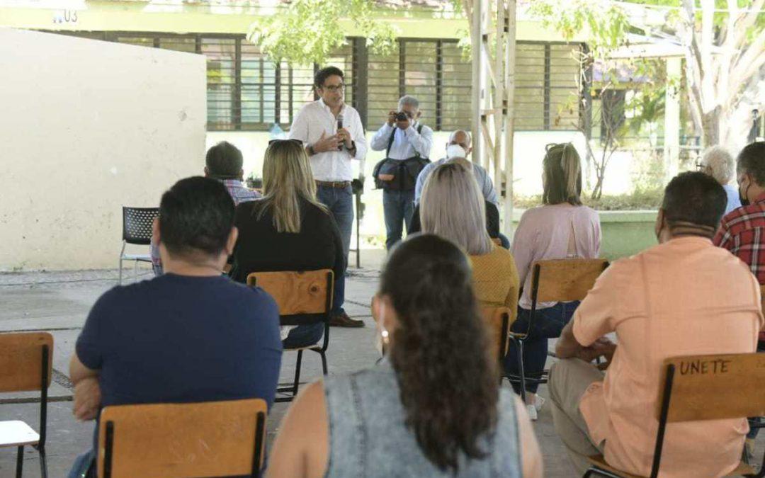 Los Centros Comunitarios de Aprendizaje, una vía para combatir el abandono escolar: JAML